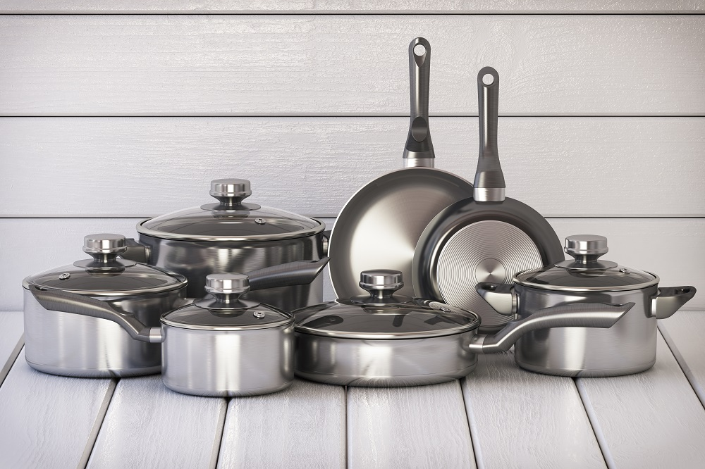 Set of stainless pots